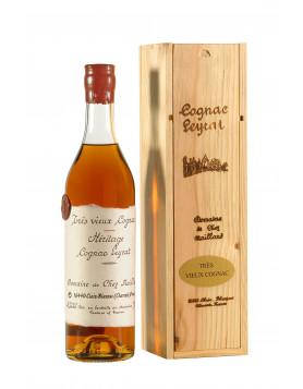 Man Drops $77000 Bottle of 1788 Cognac Clos de Griffier Vieux Cognac